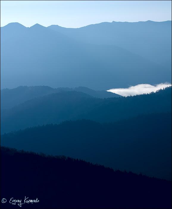 Далекие горы - вид на массив Майорского хребта