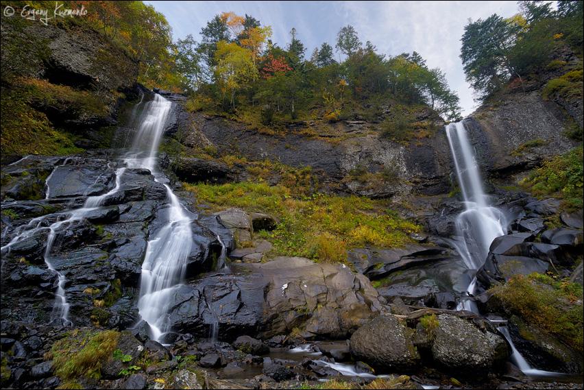 Шуйский водопад, вид снизу