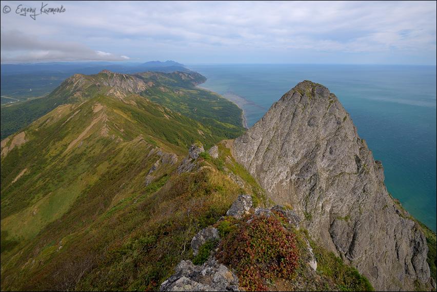 Скальный зуб у вершины Жданко