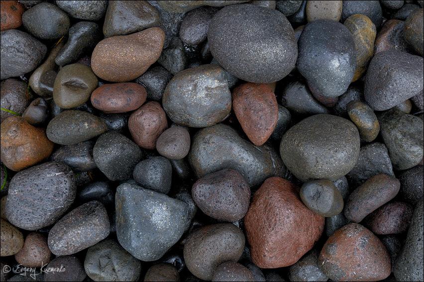 Камни, окрестности бухты Бурунная